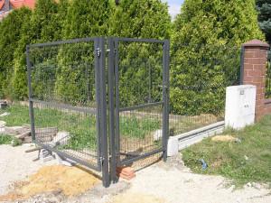montaz-paneli-ogrodzeniowych-1