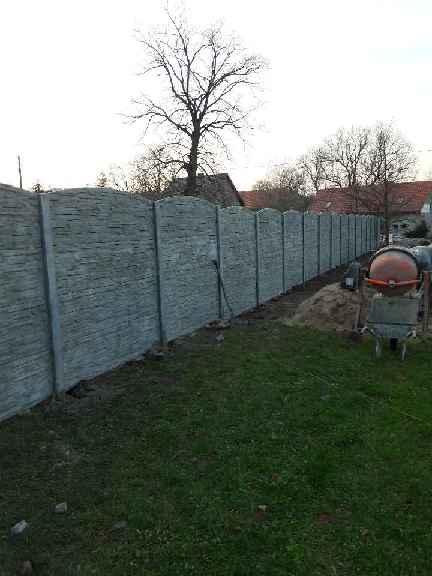 montaz-ogrodzenia-betonowego-Wierzchoslawice-1